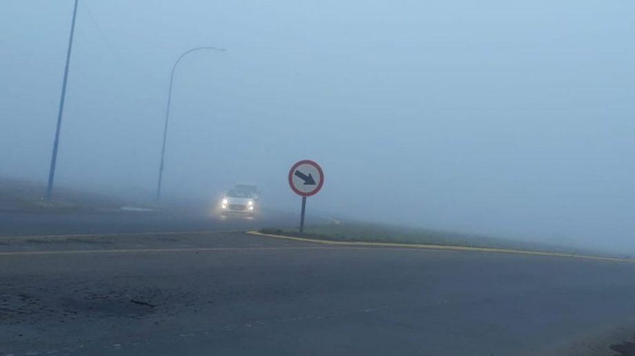Se registran bancos de niebla en distintas zonas del Valle. (foto: Carlos Castillo)
