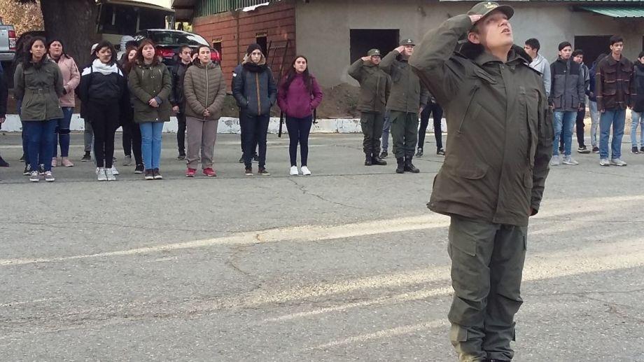 En Bariloche asistieron al Servicio Cívico Voluntario unos 104 jóvenes. Archivo
