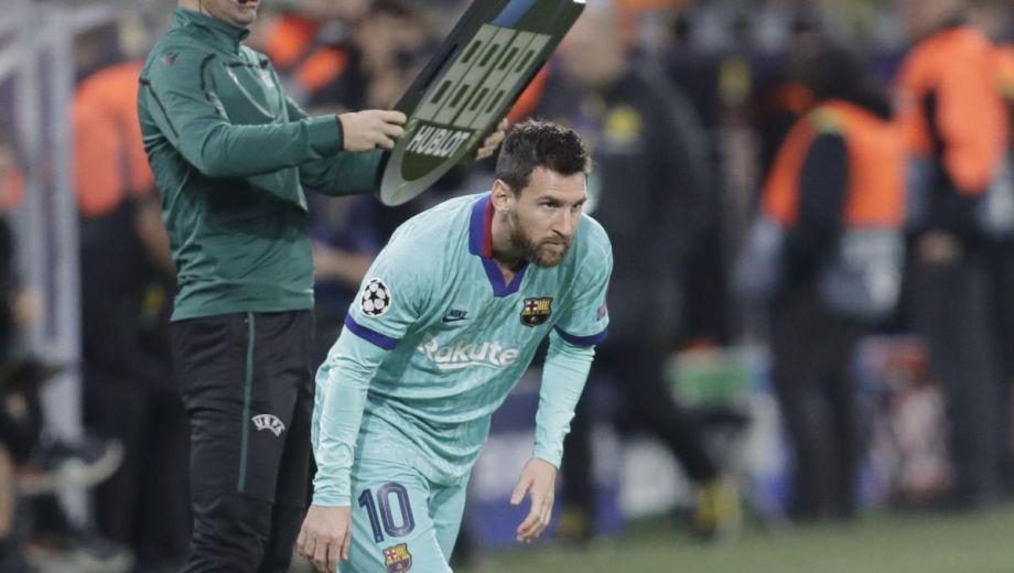 Lionel Messi, ya recuperado de su lesión en el sóleo, ingresó a falta de 20' en el Barcelona que igualó 0-0 con el Borussia Dortmund, en Alemania.