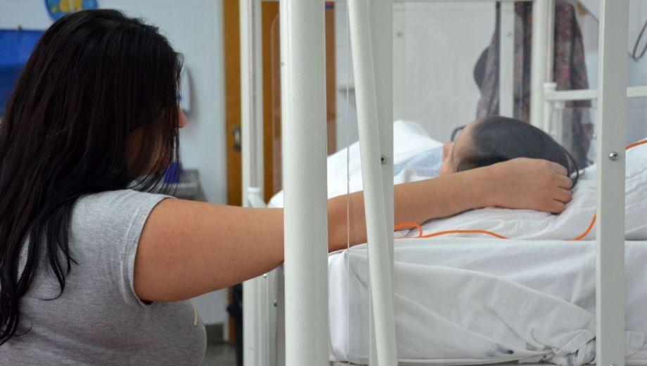 Uno de los puntos del amparo es la creación de habitaciones de aislamiento para pacientes inmunosuprimidos. Foto: Florencia Salto.