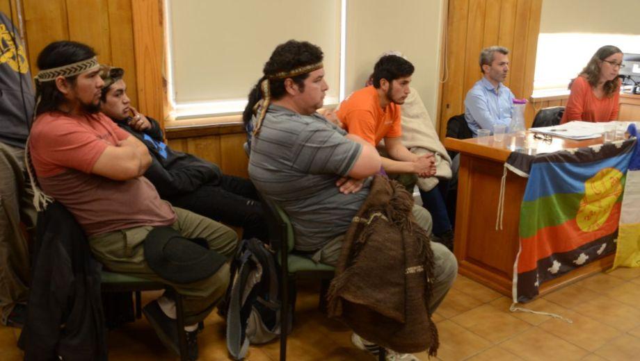 Los imputados siguieron con atención el desarrollo de la audiencia, que se hizo este viernes en el edificio de Tribunales de John O´Connor al 20. (Foto: Alfredo Leiva)