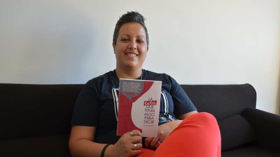 La autora cuenta su historia con la expectativa de ayudar a quienes estén pasando por momentos como los que ella vivió.  Foto: Yamil Regules