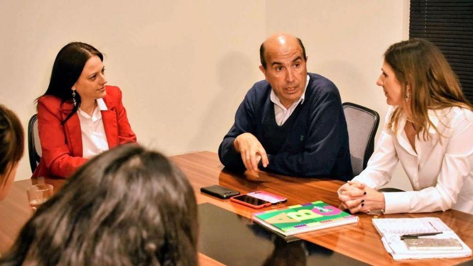 Bermúdez prometió crear una Secretaría de las Mujeres si ganas las elecciones. (Gentileza).-
