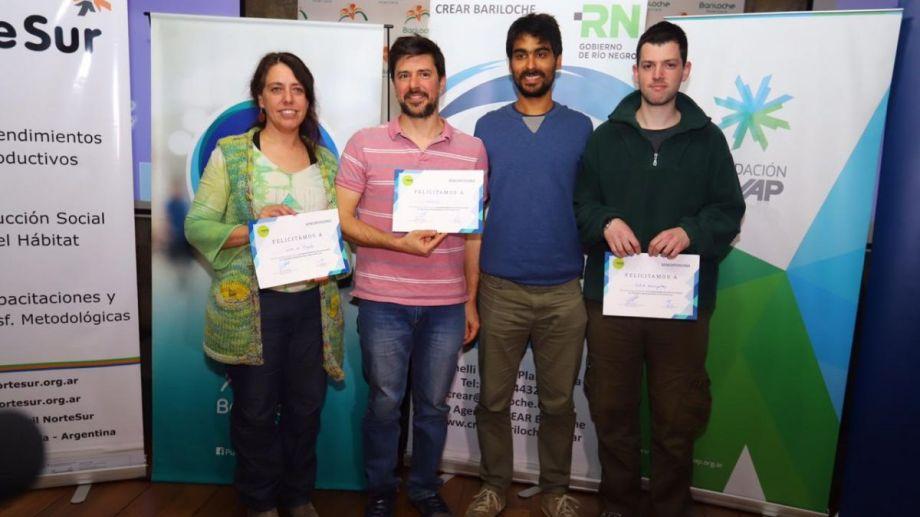 Los emprendedores ganadores de la Cordillera en el programa de emprendedores. Gentileza