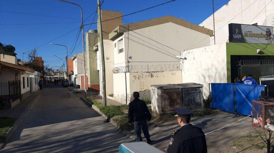 El cuerpo del hombre fue hallado en San Martín al 4.500.