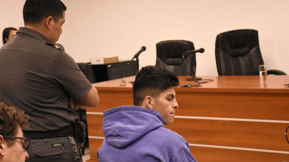 El imputado Alfredo Escobar, durante la audiencia de formulación de cargos por el femicidio de Cielo López. Foto: Flor Salto.