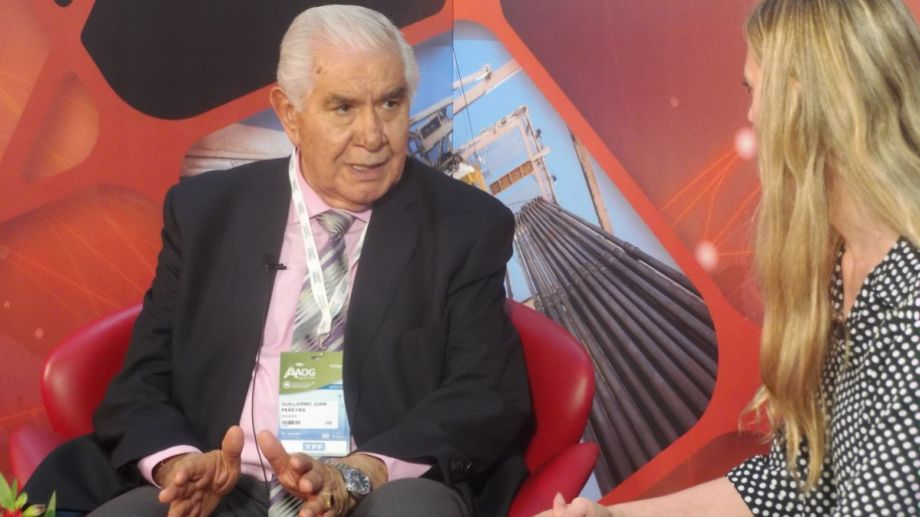 El senador Guillermo Pereyra visitó el estudio de Energía ON en la Oil and Gas. Foto: Ricardo Cárcova.