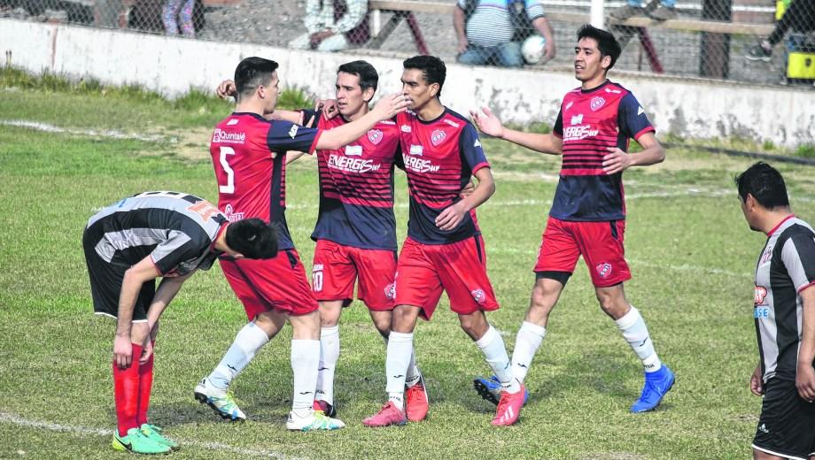 El Rojo se impuso a Buena Parada y es escolta en el Clausura.