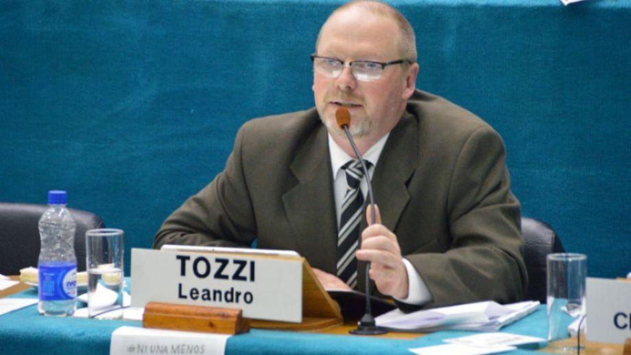 El legisdlador Tozzi defendió los cambios en la última sesión. Foto: archivo