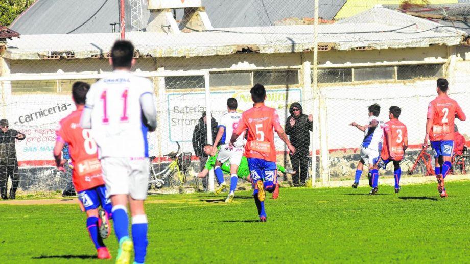 El Mago se lo empató al Naranja en el último minuto de juego, con un gol de Martín Sánchez.