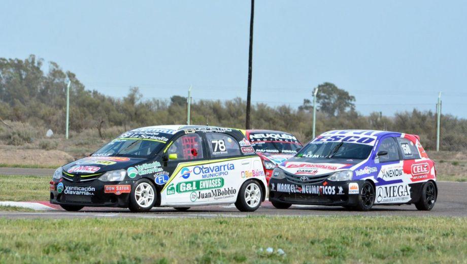 La Clase 2 aportó 28 autos en la primera jornada de clasificación. Fotos: Marcelo Ochoa