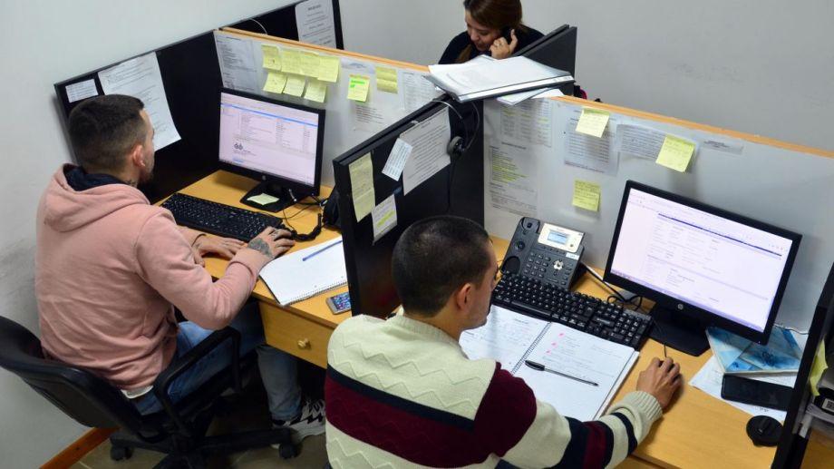 La central del Ipross funciona en la calle Guido 531 de Viedma. Foto: Marcelo Ochoa.