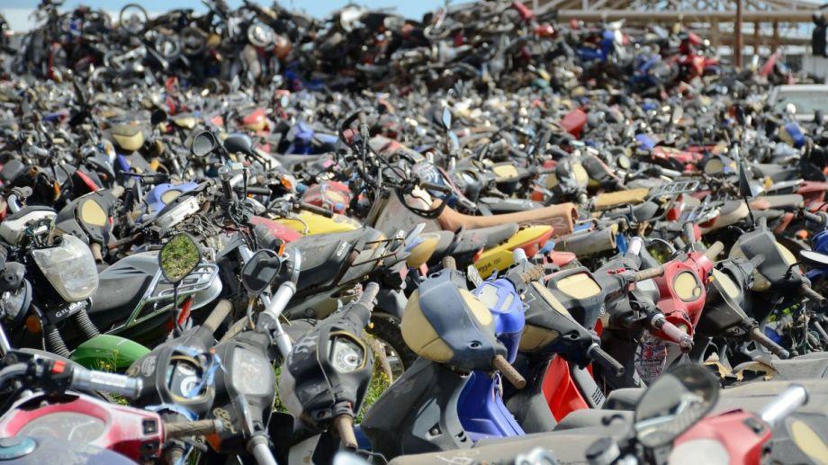 El depósito de vehículos de Parque Industrial suele estar colapsado por autos y motos. (Foto: Archivo.-)