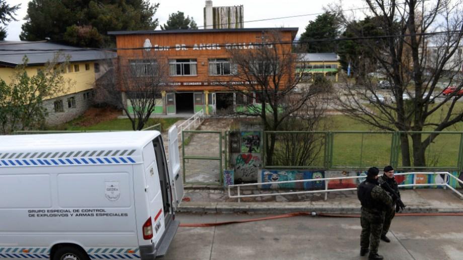 El colegio Ángel Gallardo de Bariloche es el que suma más amenazas de bomba en lo que va del año. Archivo