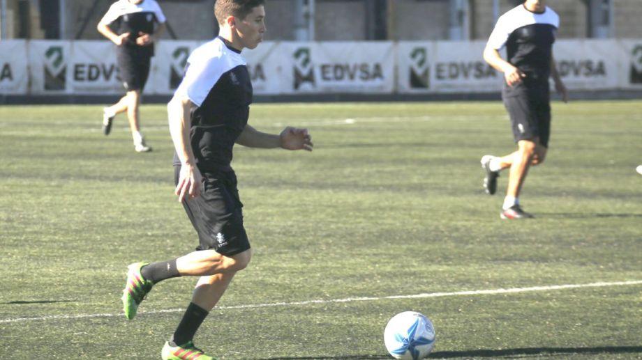 """El """"Piru"""" Fornillo levantó su nivel y es una fija para el técnico. (Foto: Archivo)"""
