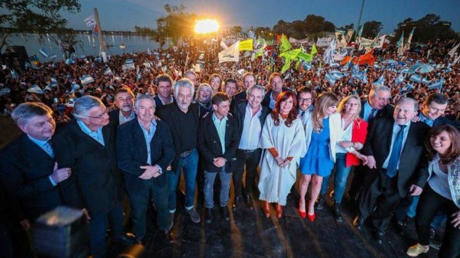 Postal peronista. Fernández y Fernández celebraron la unidad para la elección que viene. - (Foto: Frente de Todos)