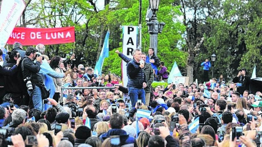 Macri de campaña en Paraná.