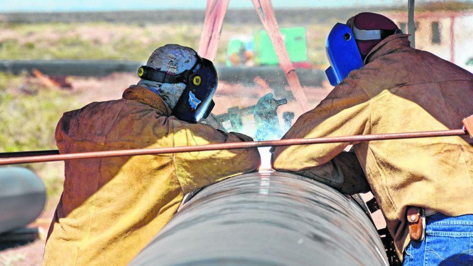 El primer tramo del caño incluye un gasoducto extra de 73 kilómetros aproximadamente.