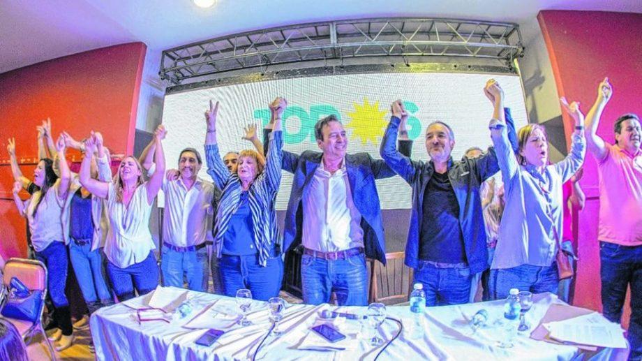 Landriscini, Soria, Doñate y Horne, candidatos en el centro de la mesa principal del Congreso. (Foto: gentileza)