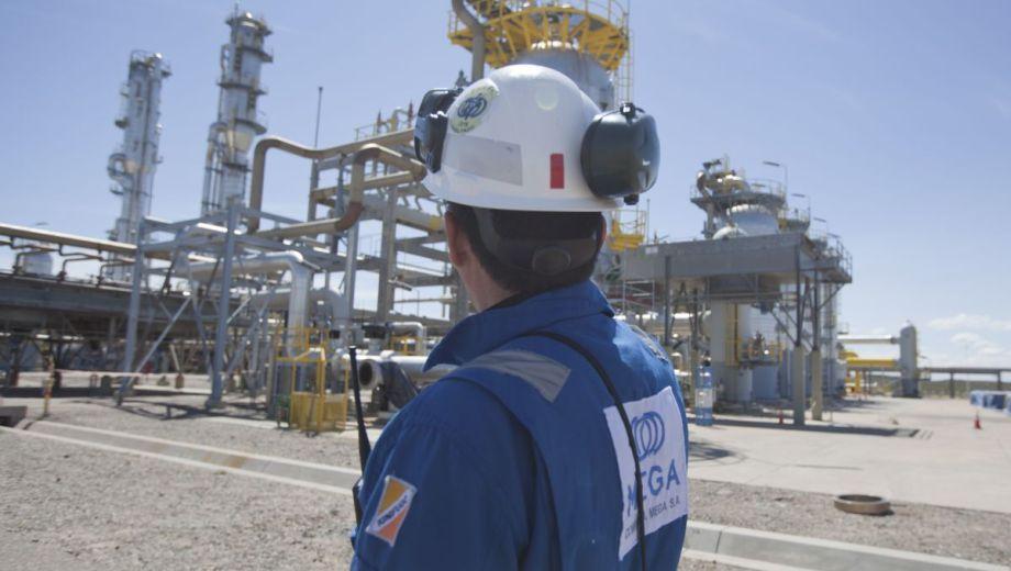 La compañía es la única separadora de gases ricos y está integrada por YPF, Dow y Petrobras. (Foto: Juan Thomes)