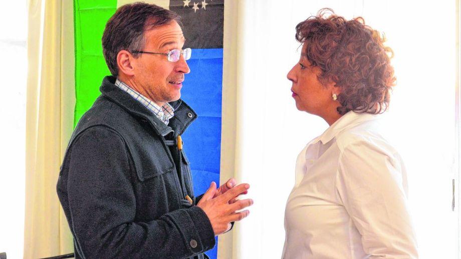 Domingo acompañó a la gobernadora a la reunión con el presidente. (Foto: Archivo)