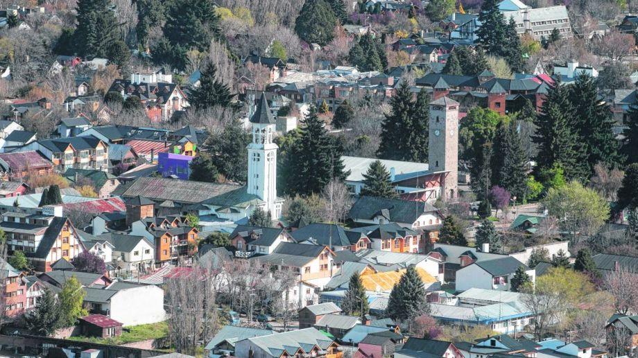 La localidad andina quiere hacer punta de flecha en la regulación de construcciones sustentables.