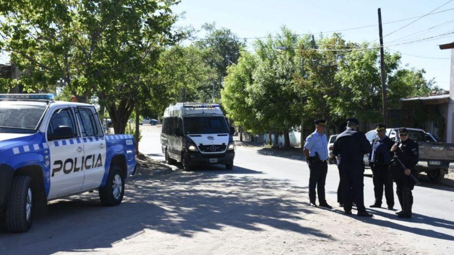 El miércoles pasado también hubo un gran despliegue en el barrio Sapere. (Foto: Archivo Florencia Salto.-)