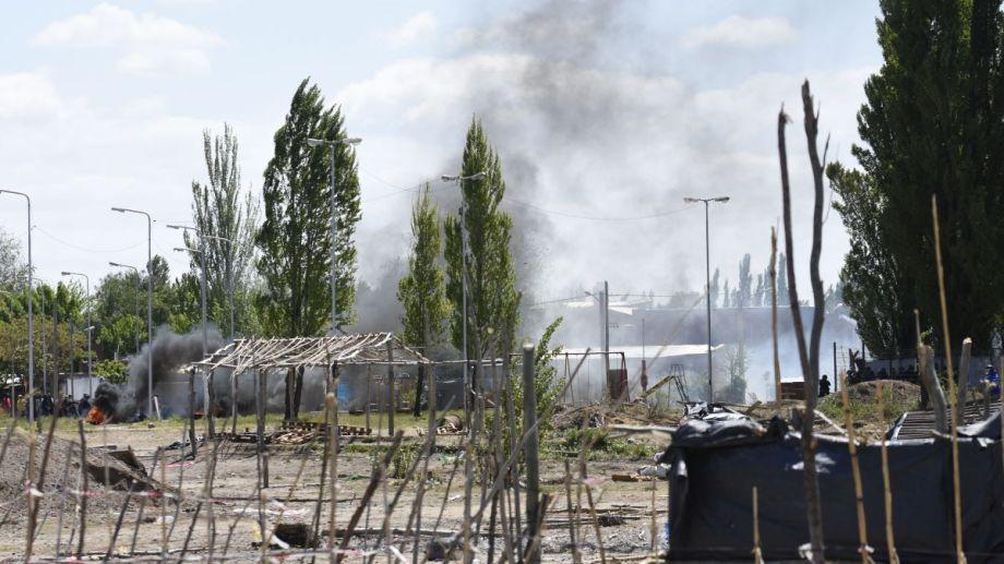 Los hechos de violencia comenzaron durante el desalojo del pasado jueves.  Foto: Archivo Florencia Salto