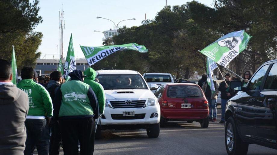 En la visita de agosto del presidente Mauricio Macri los estatales de ATE organizaron su protesta en cercanías al aeropuerto.