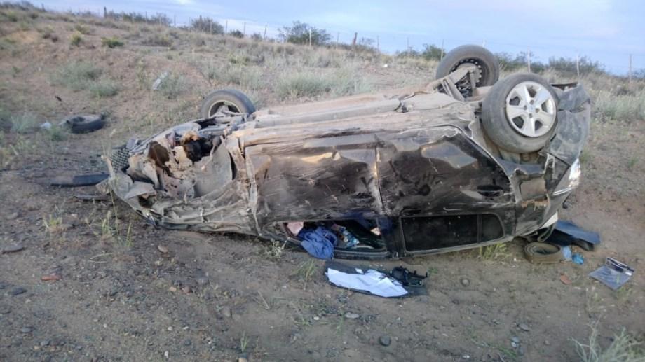 El conductor se quedó dormido cuando circulaba sobre la Ruta 237. (Gentileza).-