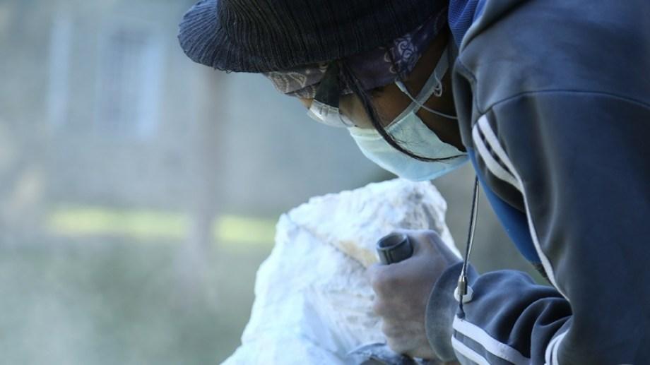 Esculturas. Estudiantes y docentes de artes plástica elaborarán obras frente al público en el Festival Jarilla.