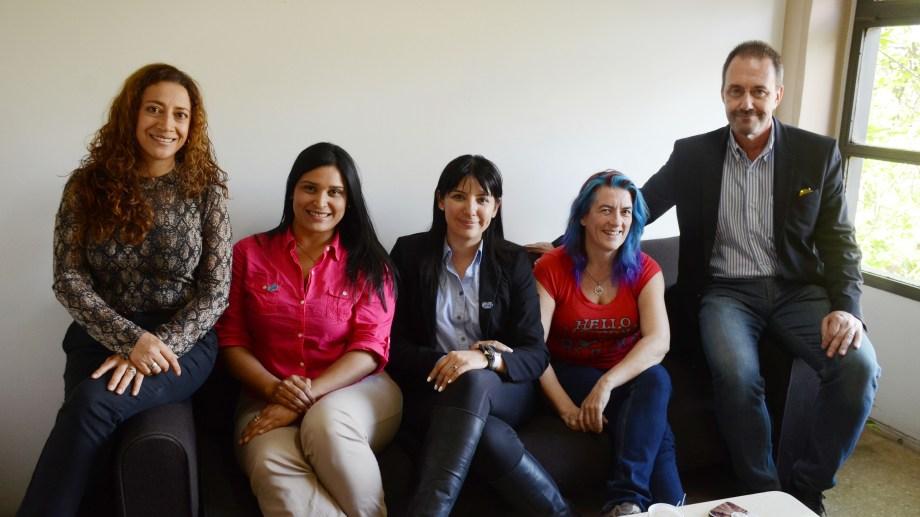 El comité organizador de WIN se prepara para el kick off del encuentro en Neuquén.