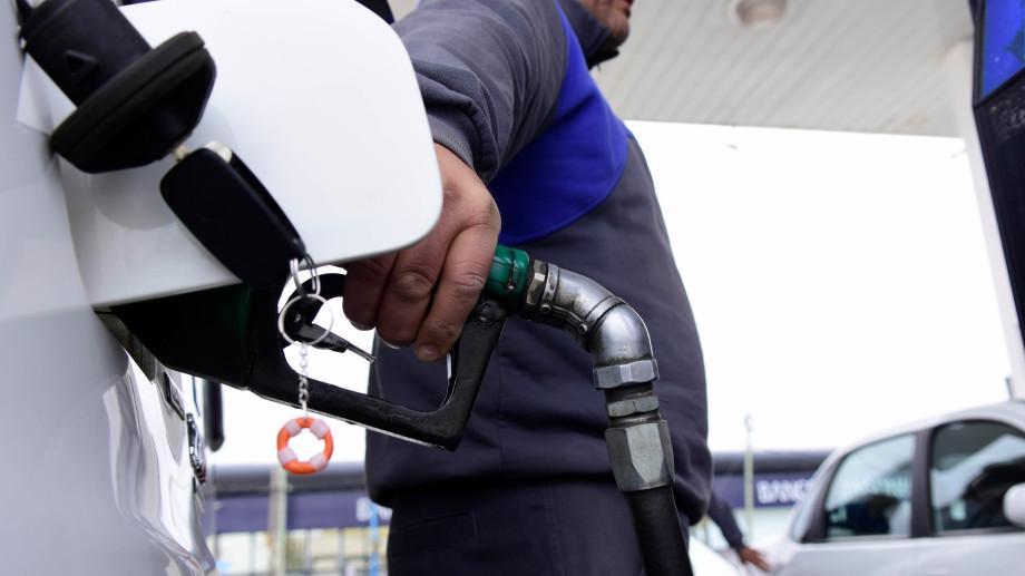 Al incremento del Impuesto a los Combustibles Líquidos (ICL) se le sumaría otro 5% dispuesto por las petroleras.