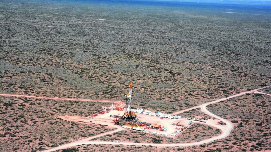 """Las sucesivas reversiones llevaron a que el bloque sea apodado en la industria petrolera como el área """"maldita"""" de Vaca Muerta."""