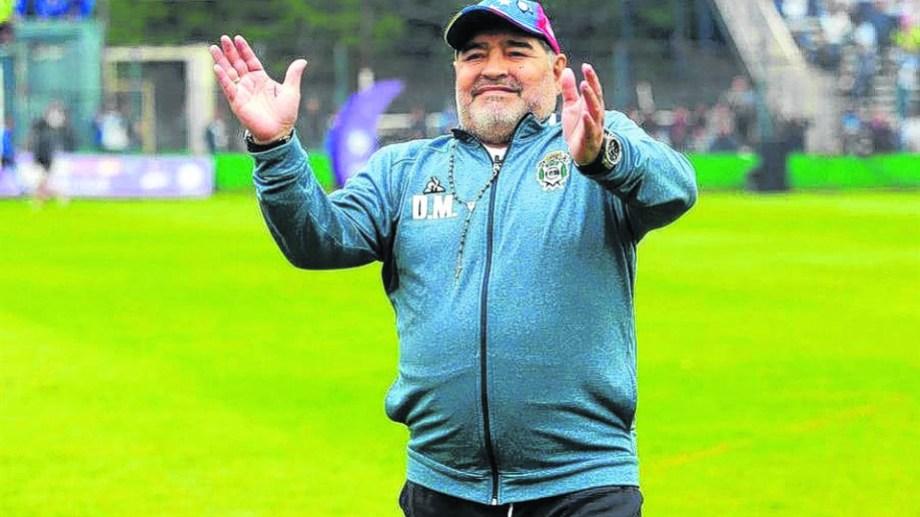 Finalmente, Maradona empezará el 2020 como DT del Lobo.