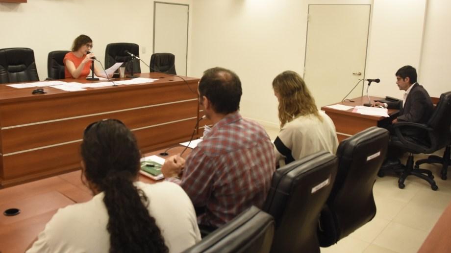 Esta mañana solicitaron un reducción de la condena del expolicía Héctor Méndez. (Foto: Juan Thomes.-)