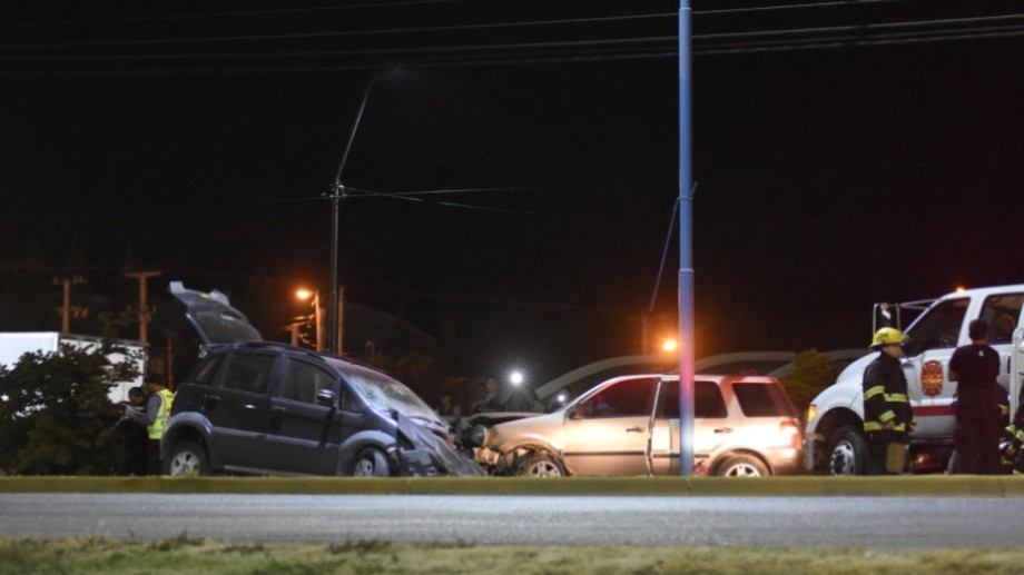 El grave accidente ocurrió en Ruta 22 y calle Mendoza. (Foto: Gonzalo Maldonado)
