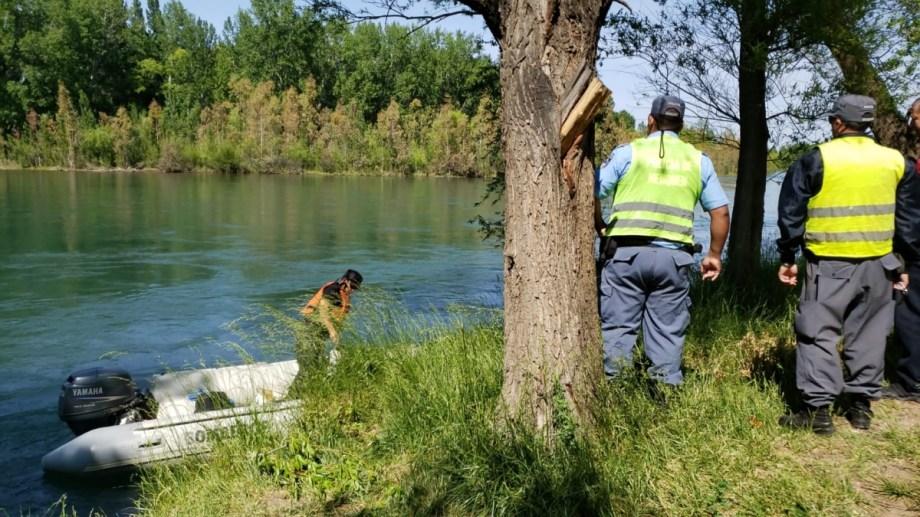 Personal de la Policía, Bomebros y Defensa Civil trabajaban en el operativo de búsqueda desde el domingo. Foto: archivo.