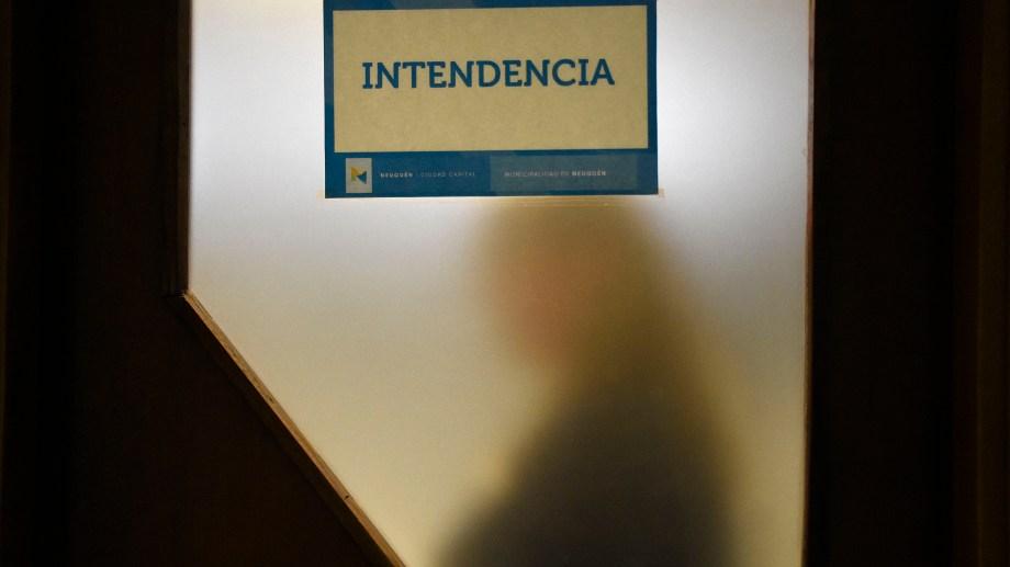 Tanto en Neuquén como en Río Negro el número de intendentas no alcanza siquiera el 50% de los cargos. Foto Florencia Salto.