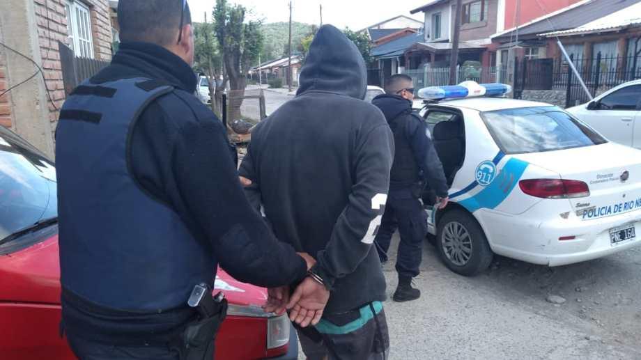 El procedimiento que finalizó con la detención del sospechoso se hizo antes del mediodía. (Foto: Gentileza)