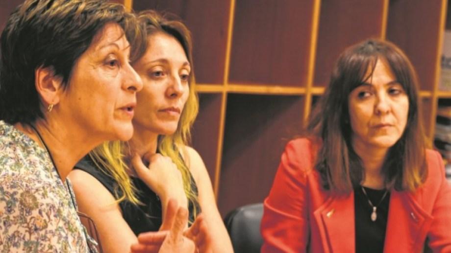 Unidad Fiscal Temática 1: Norma Reyes (violencia), Belén Calarco (abusos) y Teresa Giuffrida (jefa) de izq. a derecha.