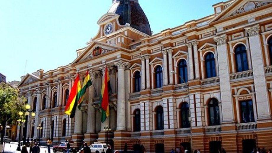 El Palacio Quemado de Bolivia. -