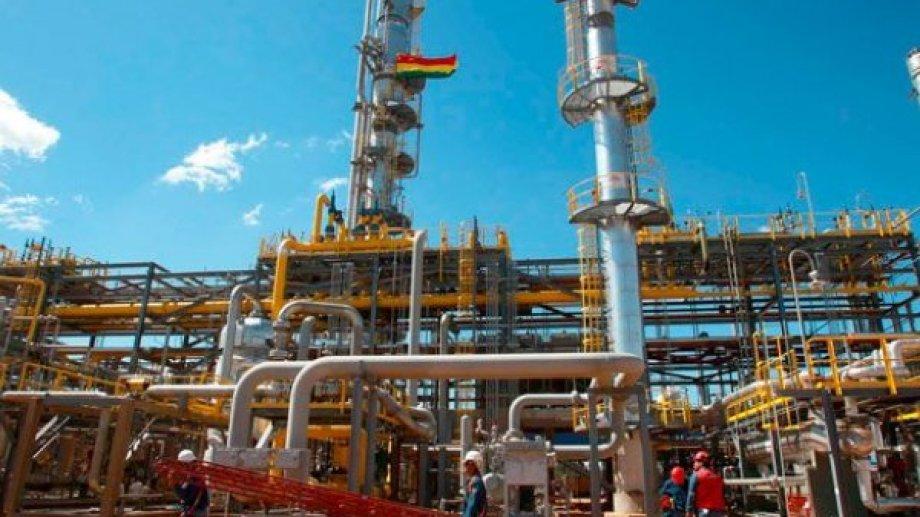 A través de una carta ayer YPFB le notificó a la petrolera estatal IEASA la sustitución actual en Bolivia.