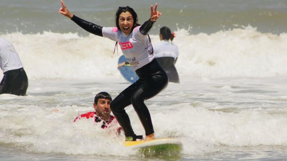 Las costas argentinas, cada vez más llenas de surfistas. (Gentileza Cola de Zorro Producciones)