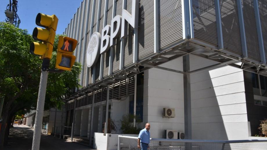 El BPN informó el cronograma de pago del IFE. Foto: archivo Yamil Regules.