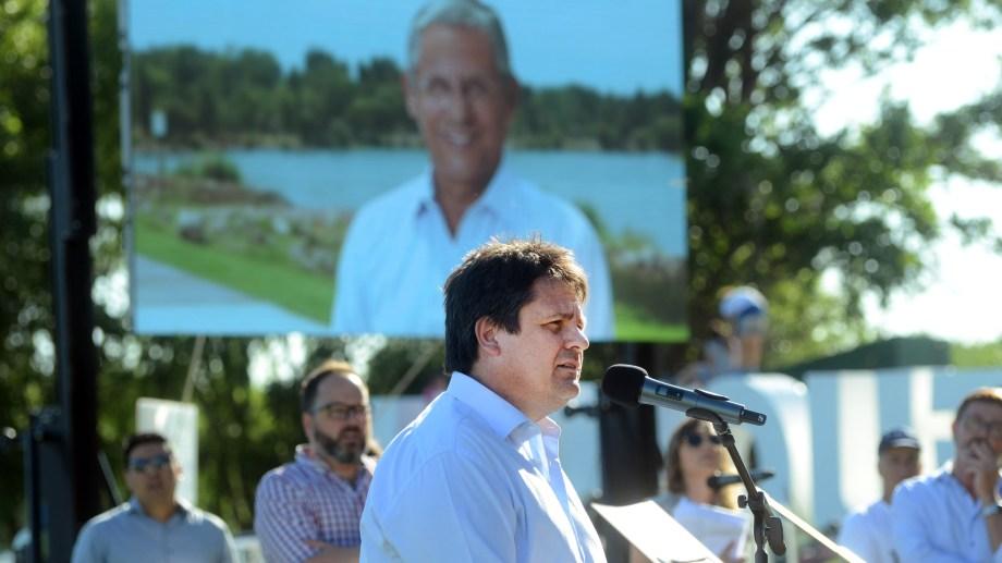 El Paseo de la Costa fue nombrado Pechi Quiroga, en homenaje al fallecido exintendente. Foto: Yamil Regules