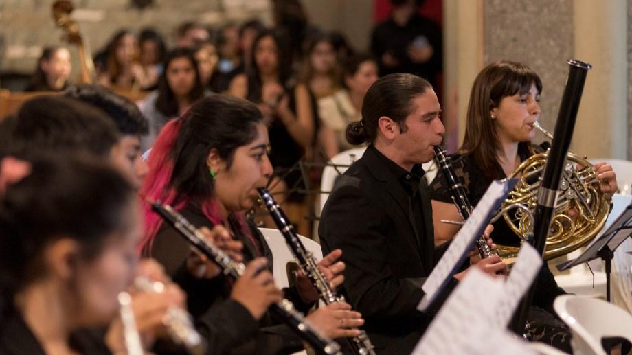 El encuentro reunió a la Camerata Juvenil Municipal, la Orquesta del Bicentenario de Bariloche y la Orquesta del colegio Mark Twain, de Córdoba. Foto: Marcelo Martinez