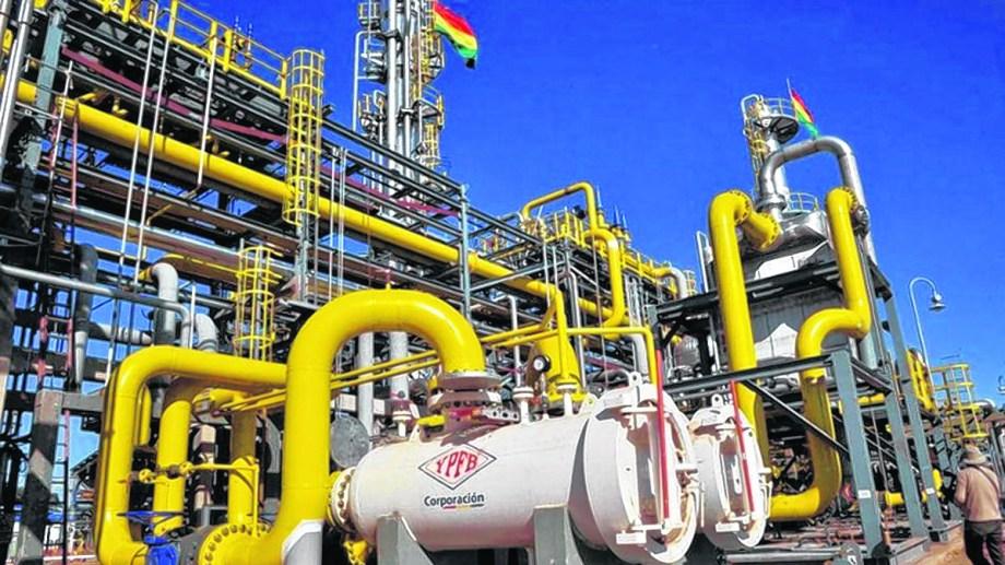 Desde Yacimientos Petrolíferos Fiscales Bolivianos (YPFB) se adelantó que no podrán mantener sus volúmenes de producción.
