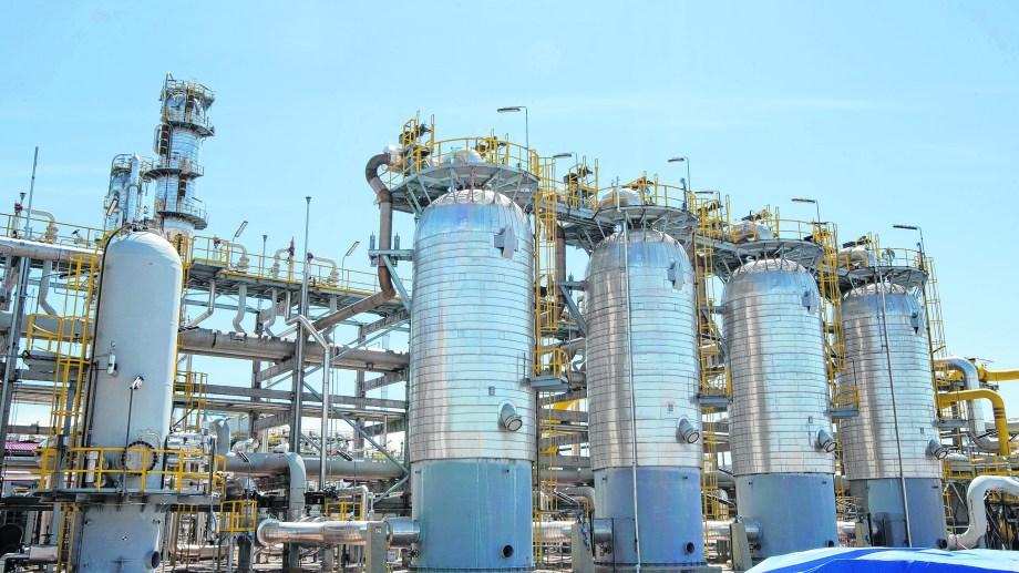 En Loma La Lata la compañía realiza la separación de los componentes ricos que forman parte del gas natural.
