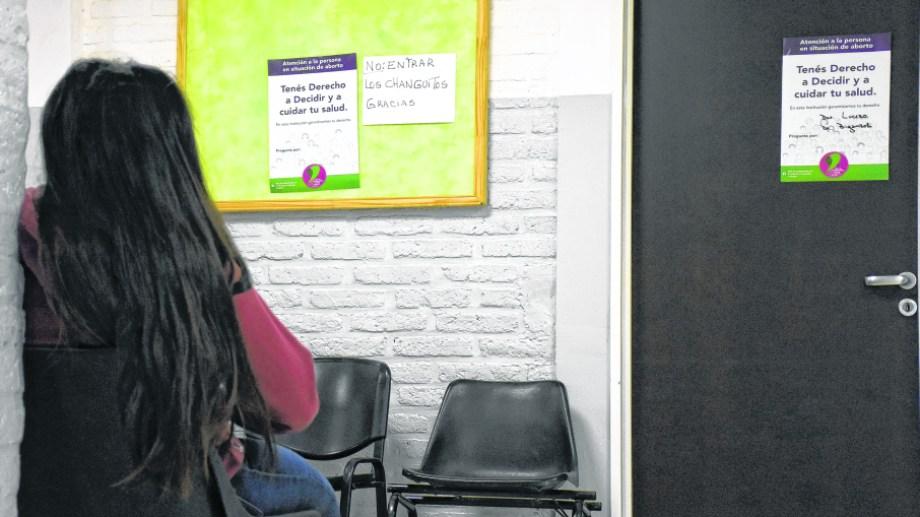 Las personas de 16 años o más son consideradas por la legislación como adultas en lo que se refiere al cuidado del cuerpo.  Foto: Florencia Salto